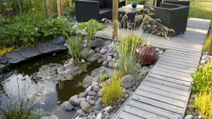 3 Reasons To Create A Natural Boulder Scene In Your Garden