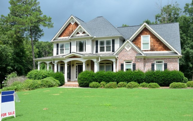 Tips For Preparing A Home For Sale